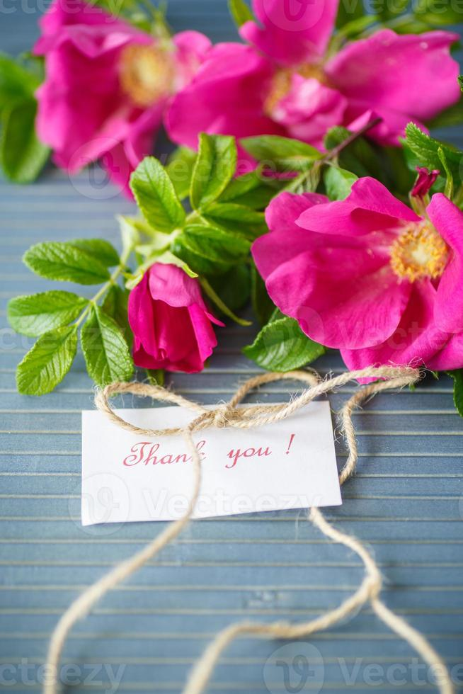 bloemen rozenbottels foto