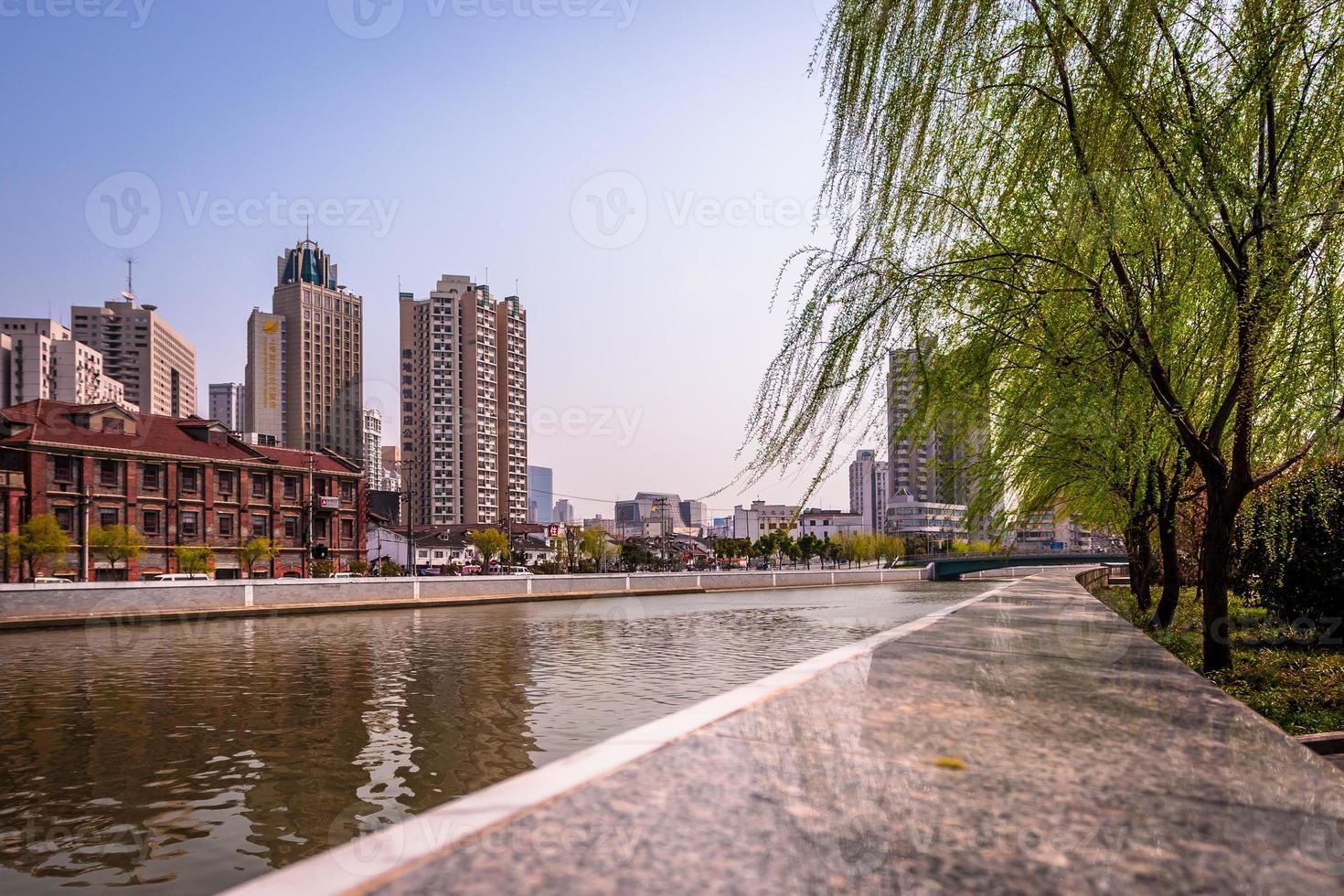 suzhou creek, shanghai, china foto