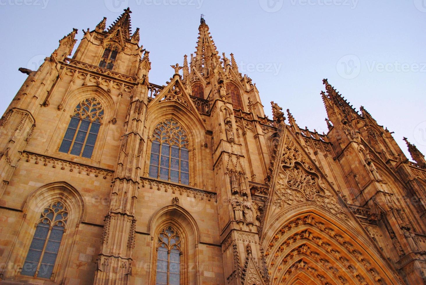 gotische architectuur, de kathedraal van barcelona foto