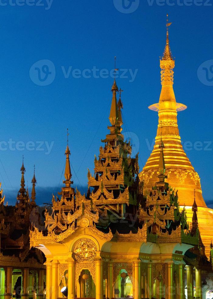 shwedagon paya, yangon, myanmar foto