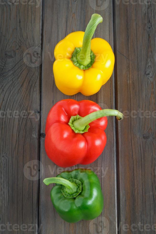 peper op een rij foto