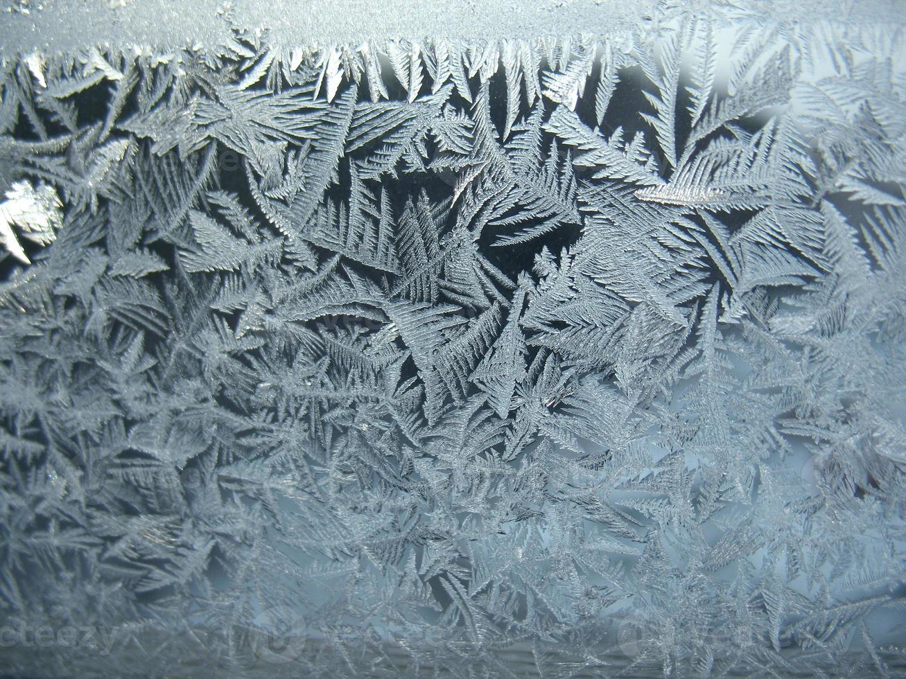 bevroren wintervenster foto