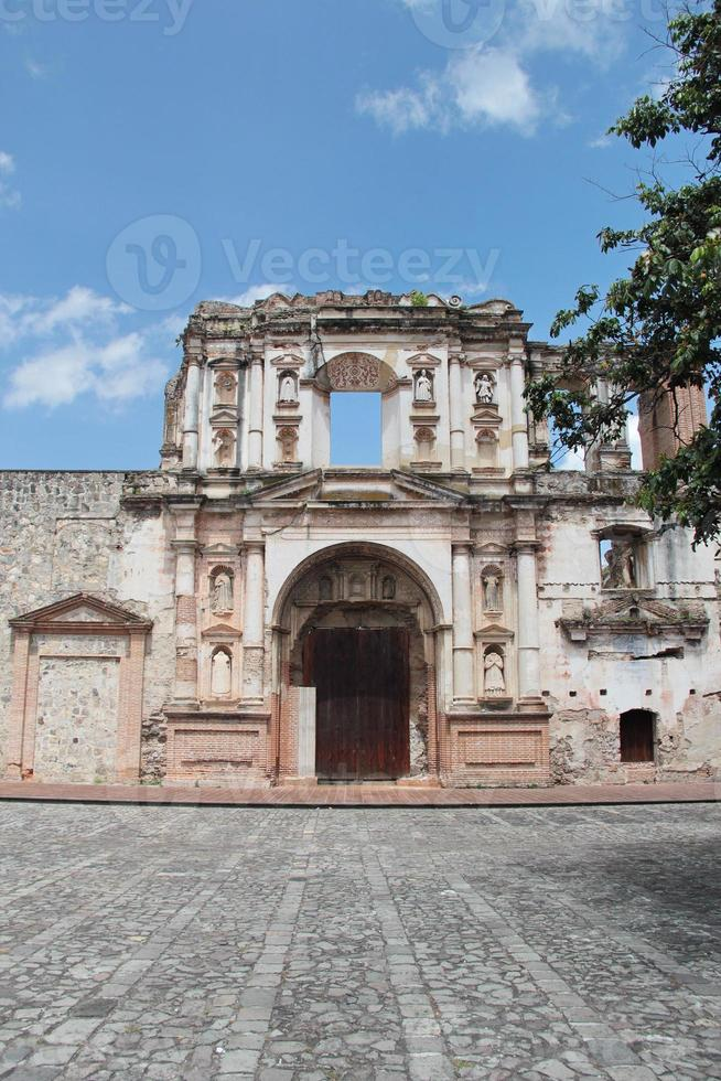 antigua, guatemala: kerkgenootschap van jezus, opgericht in 1626 foto