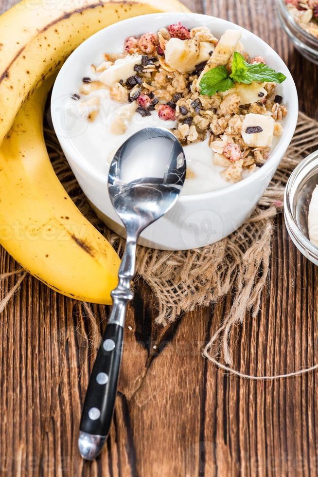 zelfgemaakte bananenyoghurt foto
