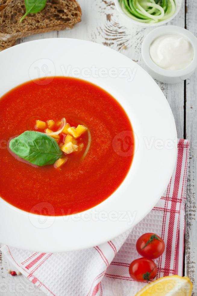 tomaten gazpacho soep foto