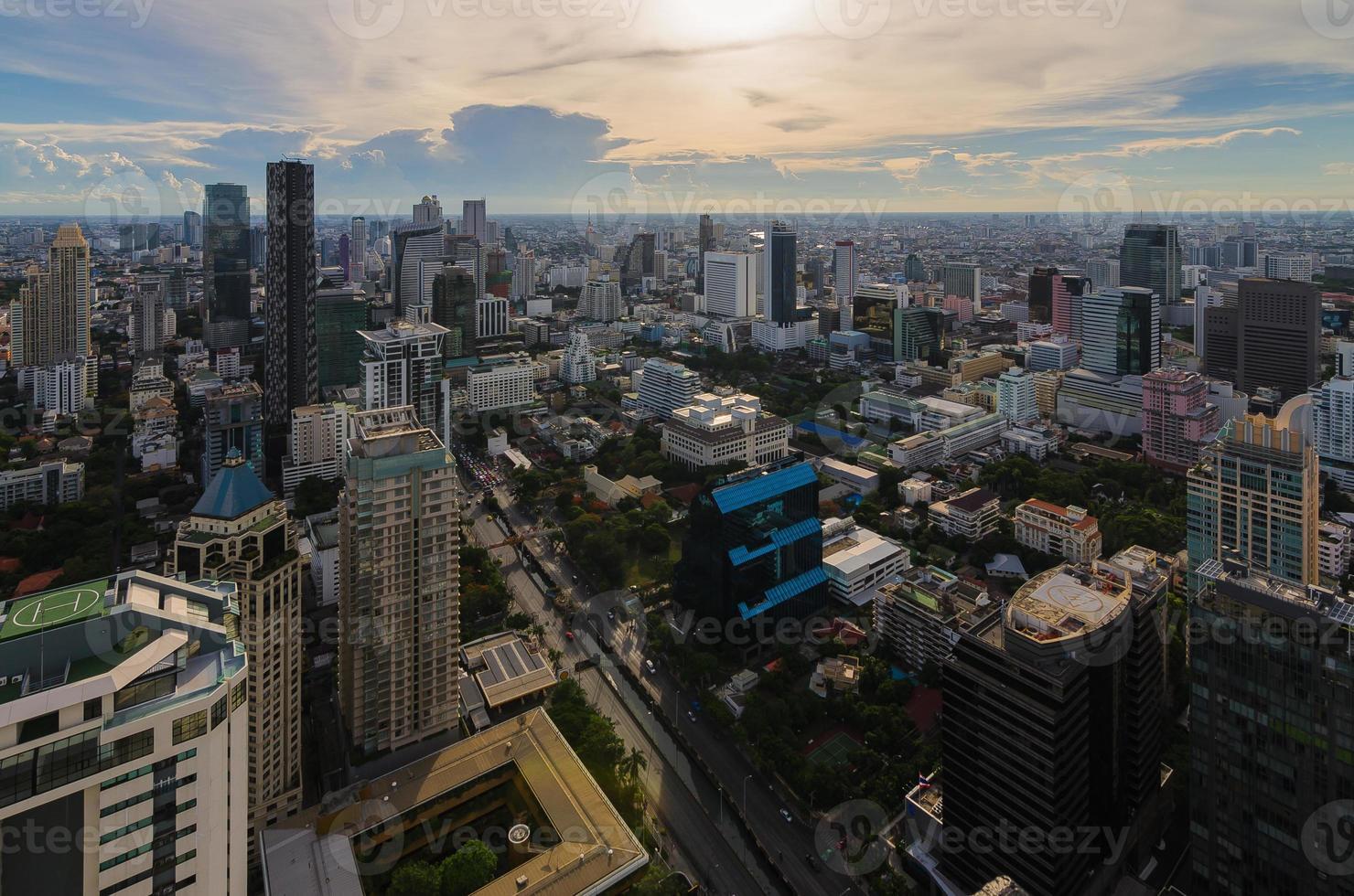 bangkok uitzicht op zakenwijk foto