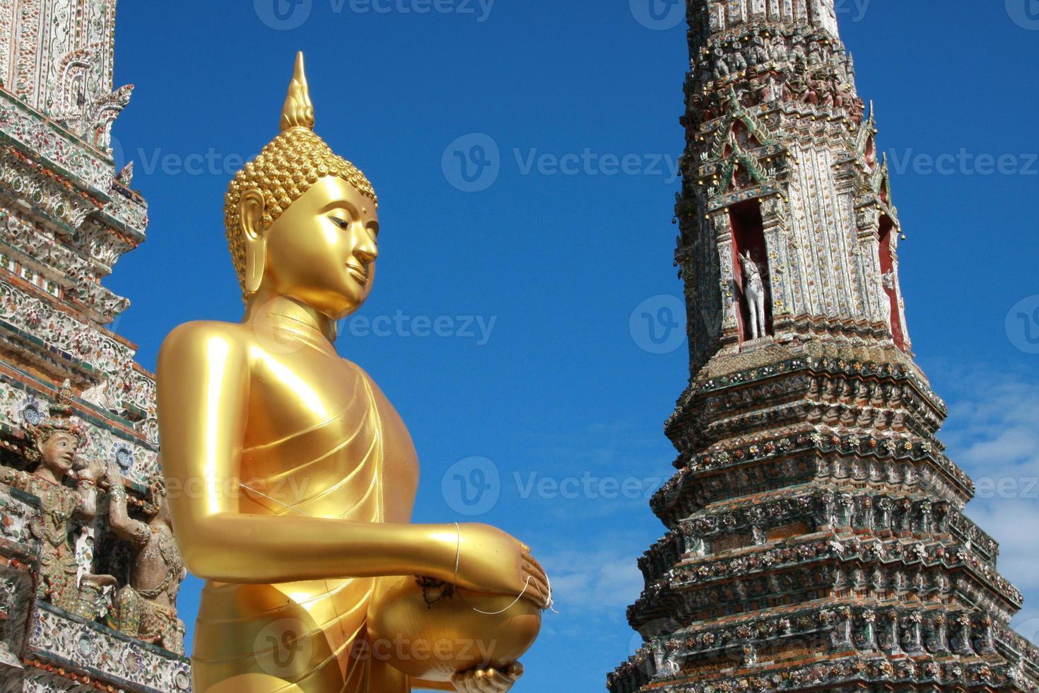 wat arun in Bangkok van Thailand foto