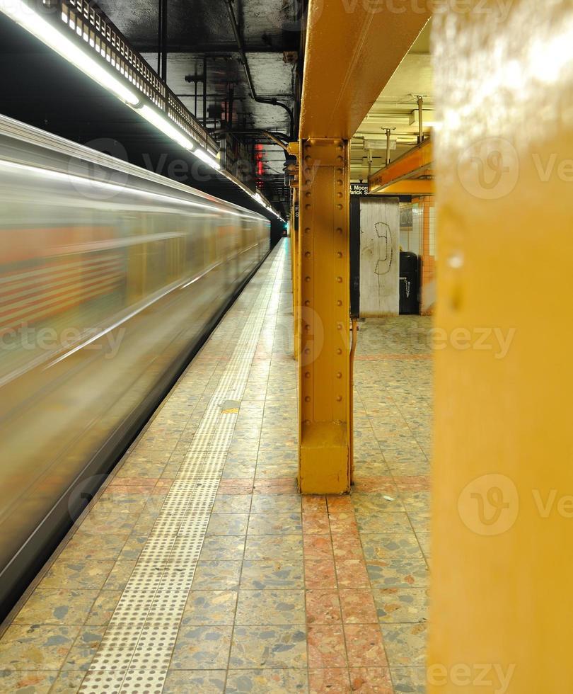 openbare telefoon in de metro van New York foto