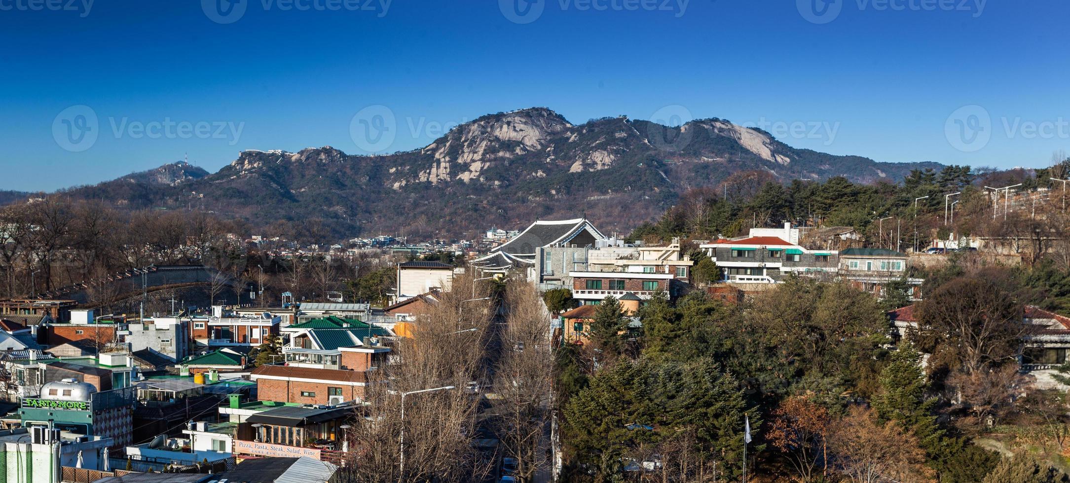 traditionele Koreaanse stijlarchitectuur in Seoel, Zuid-Korea. foto