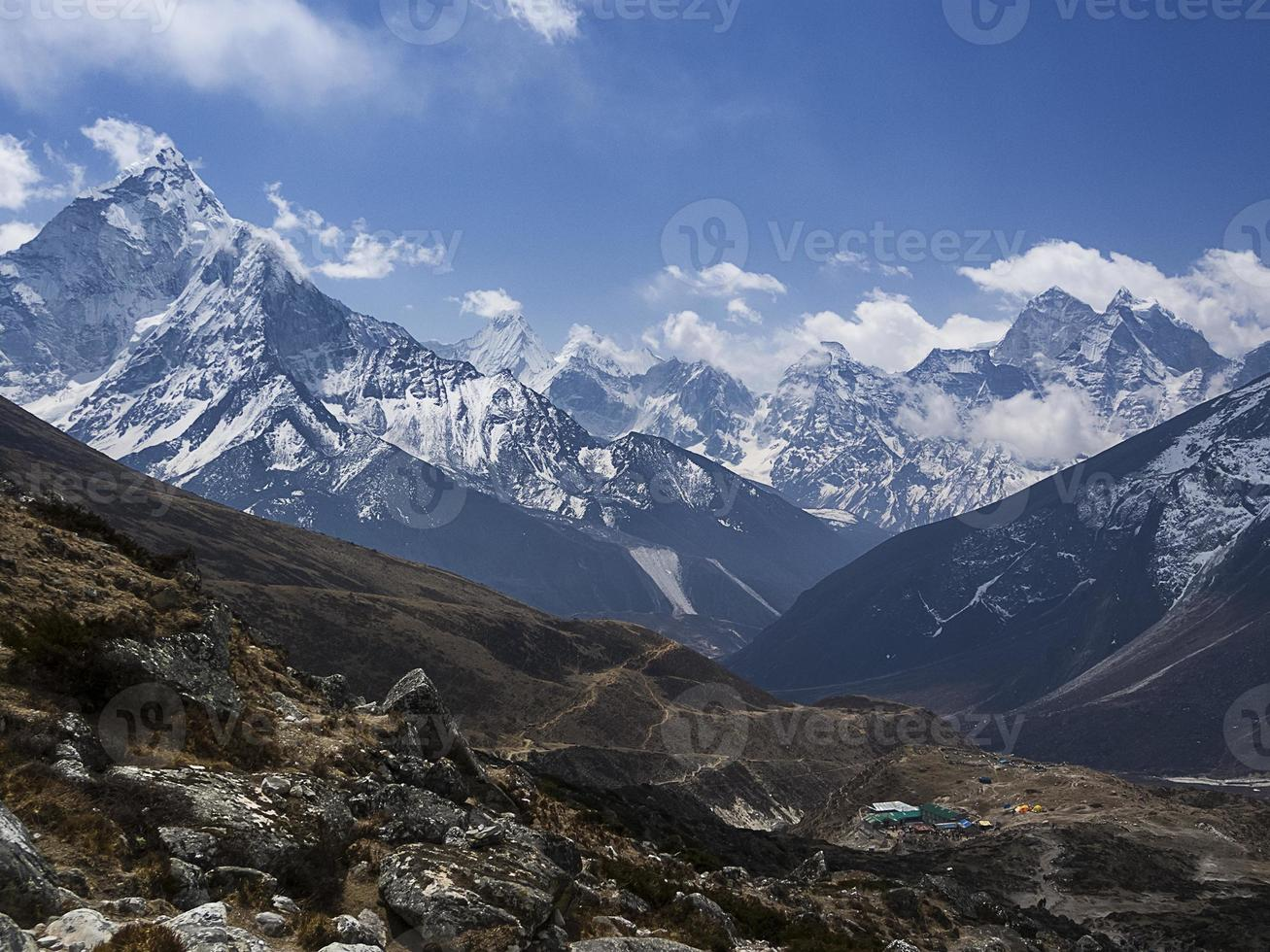 dak van de wereld - himalaya berggezicht foto