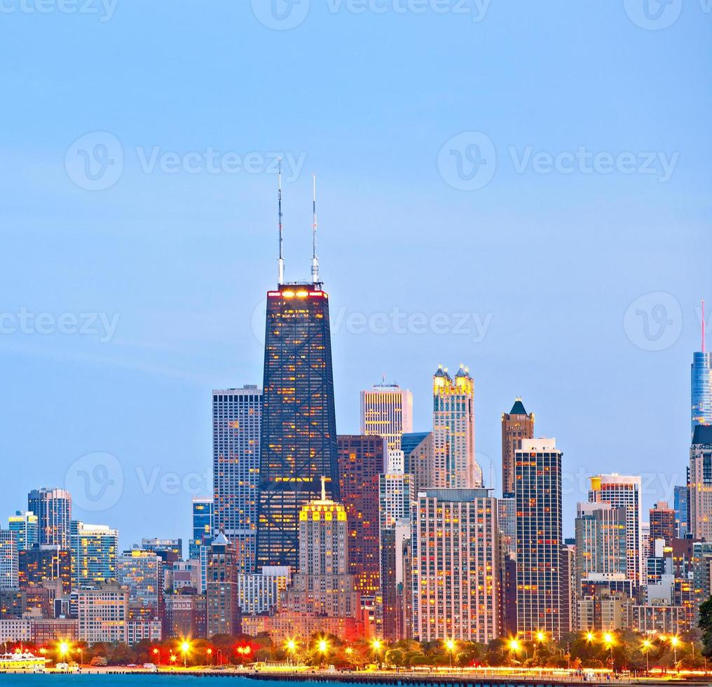 Chicago skyline van gebouwen in het centrum foto