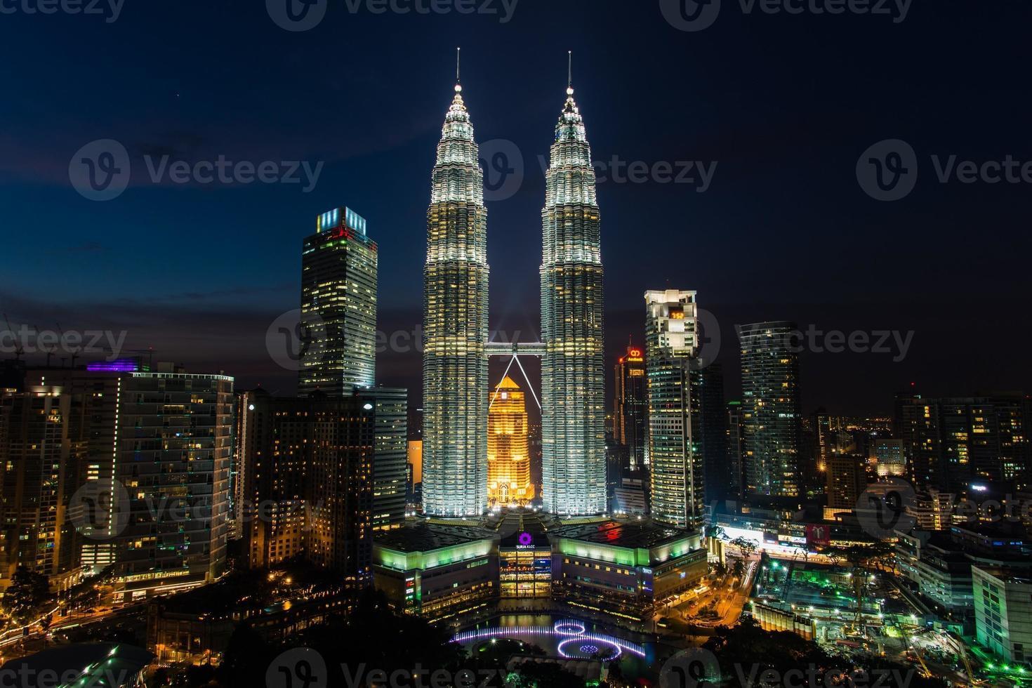 de twin towers in Kuala Lumpur Maleisië foto