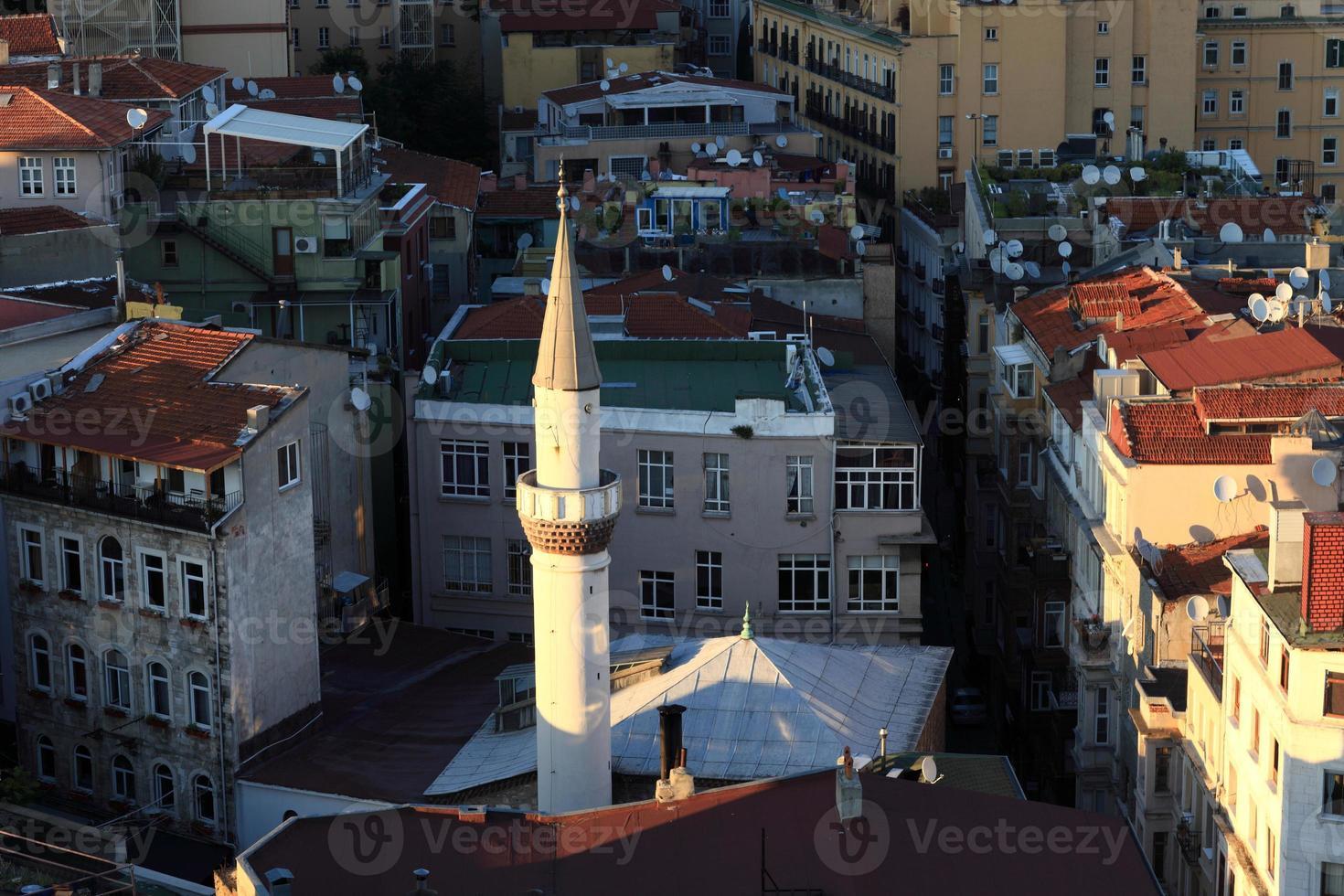 uitzicht op minaret van galata toren foto