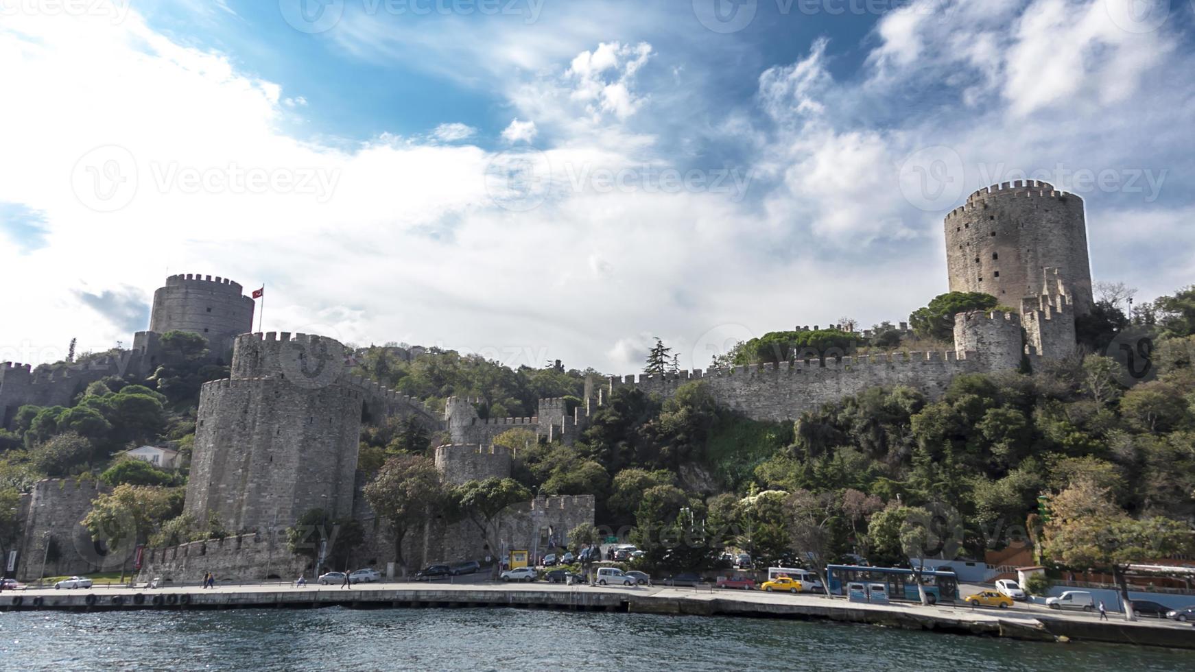het kasteel van europa op de bosporus foto