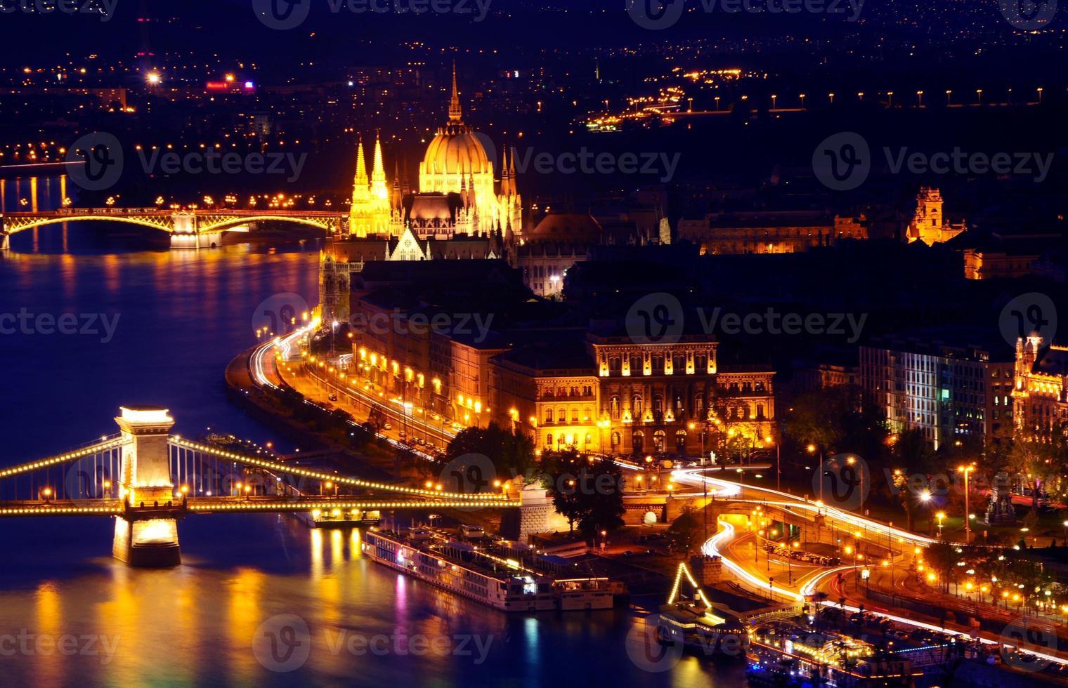 Boedapest zonsondergang foto
