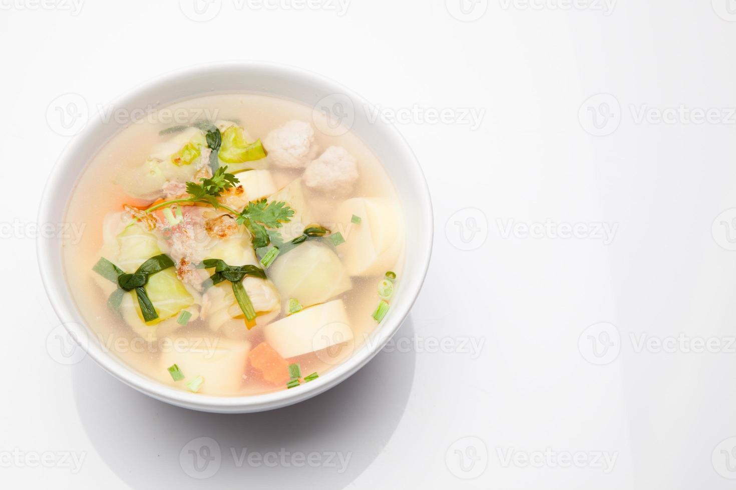 soep met gehakt varkensvlees foto