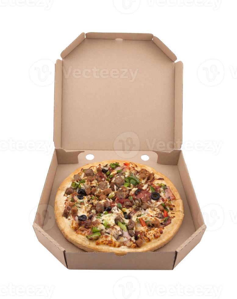 pizza in een kartonnen doos met uitknippad foto