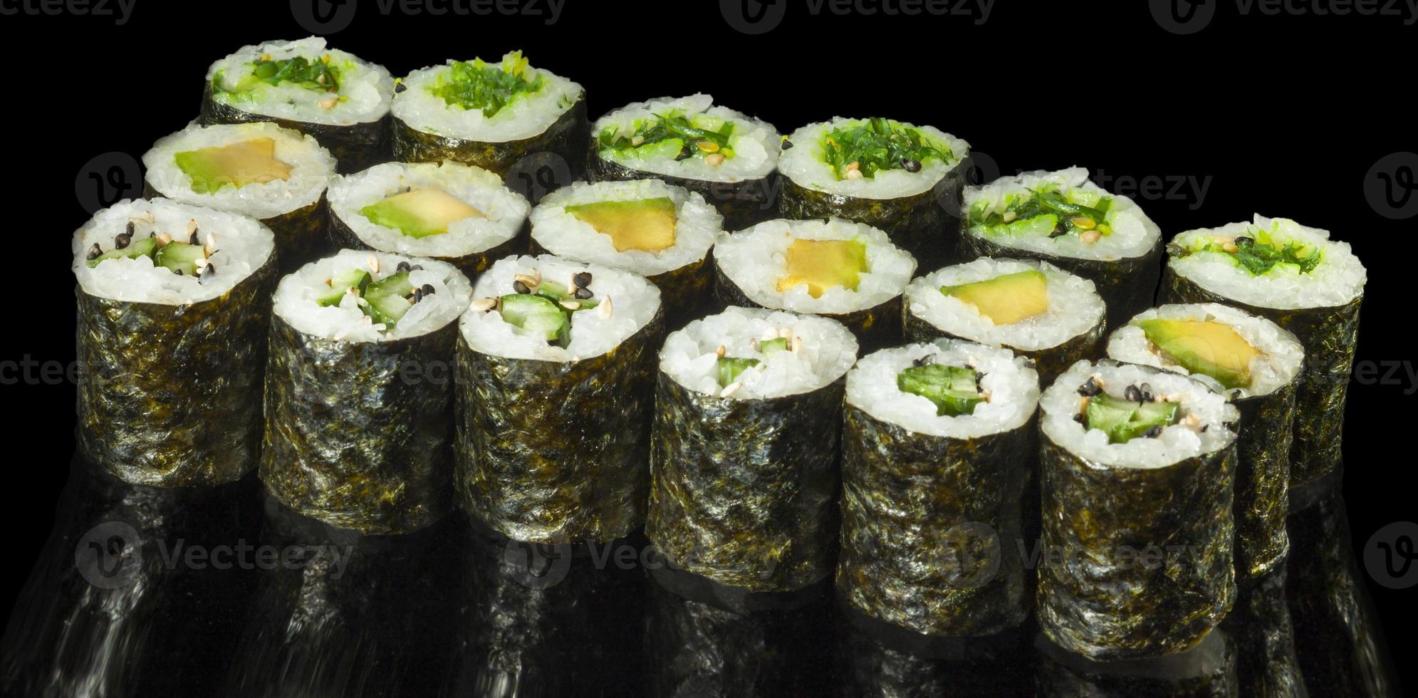 vegetarische maki sushi foto
