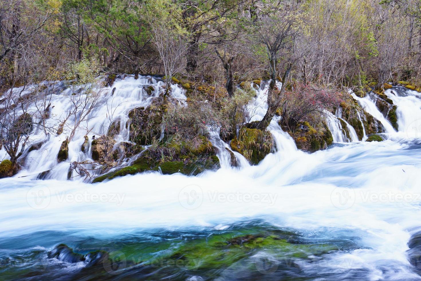 waterstroom, landschap, stromend water foto