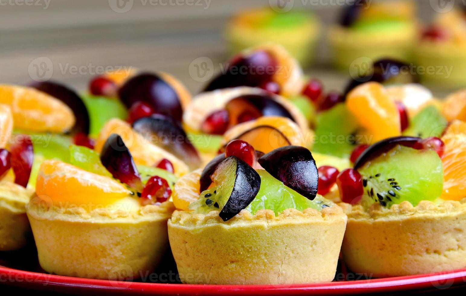 mini taartje met fruit foto
