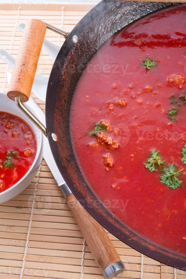 kanton tomatensoep - selectieve aandacht foto