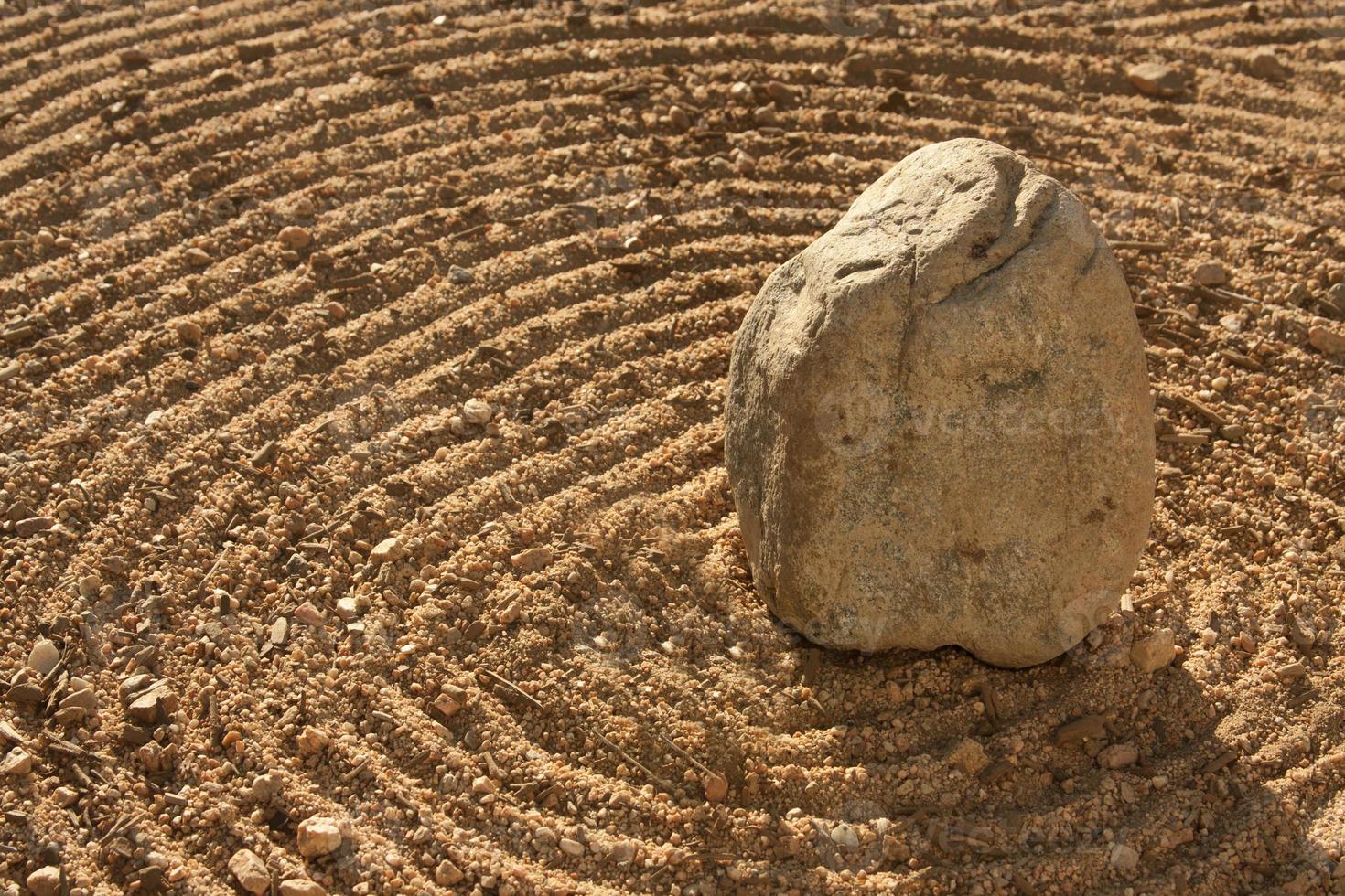 rots en woestijnzand foto