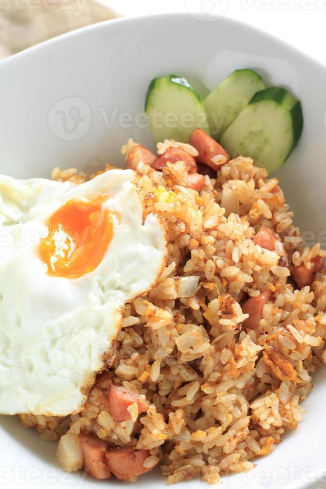 close up van Indonesische gerechten nasi goreng foto