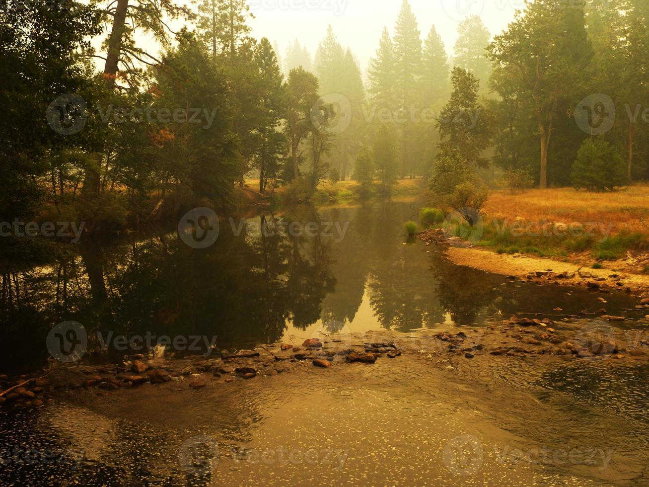 yosemite rivier foto