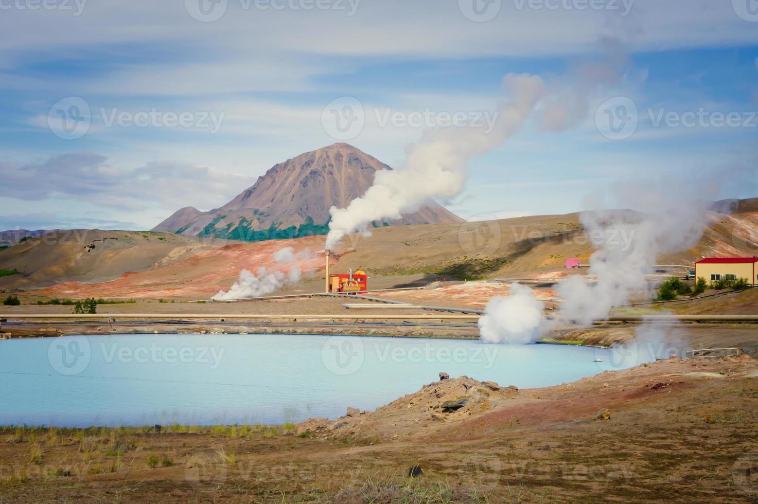 beroemde ijslandse geothermische site hverir hveravellyr en modderpotten foto