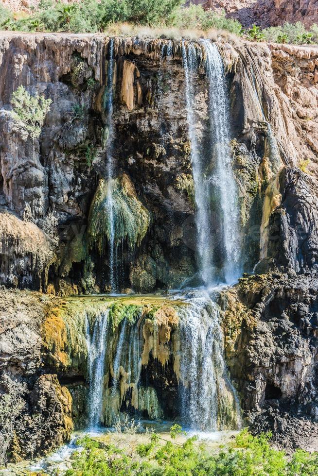 ma'in warmwaterbronnen waterval Jordanië foto