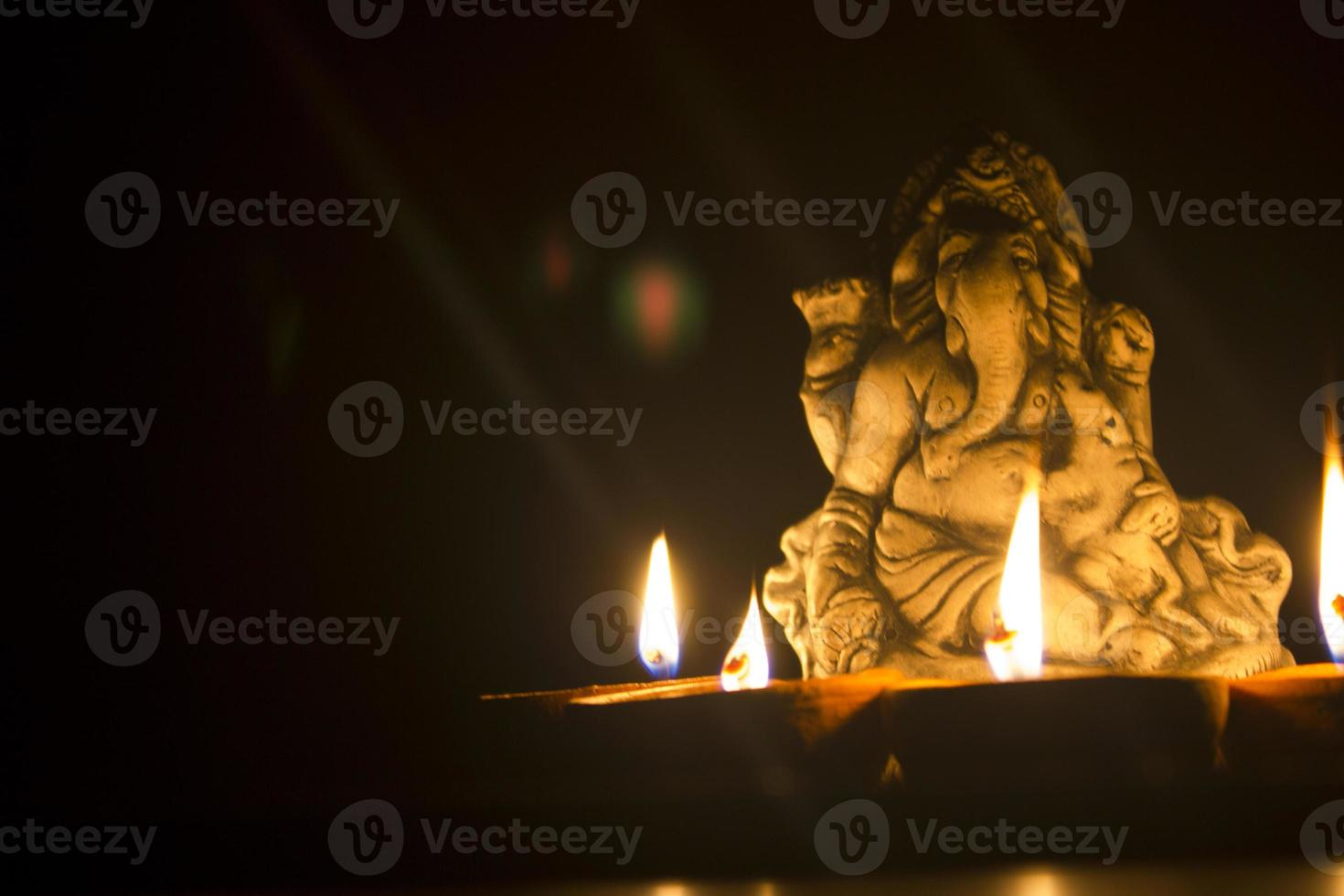 heer ganesha in lamplicht foto