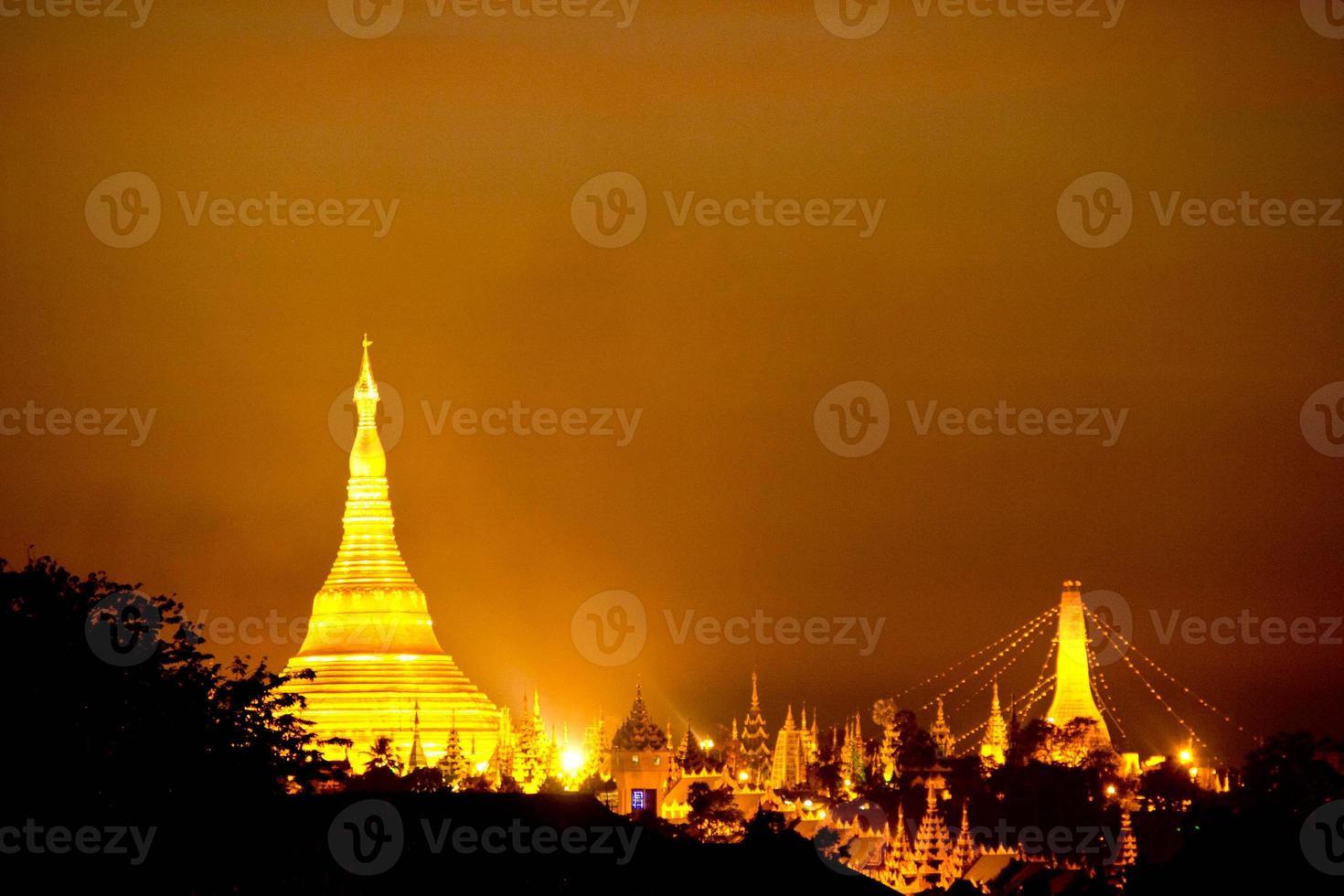 glod pagode foto