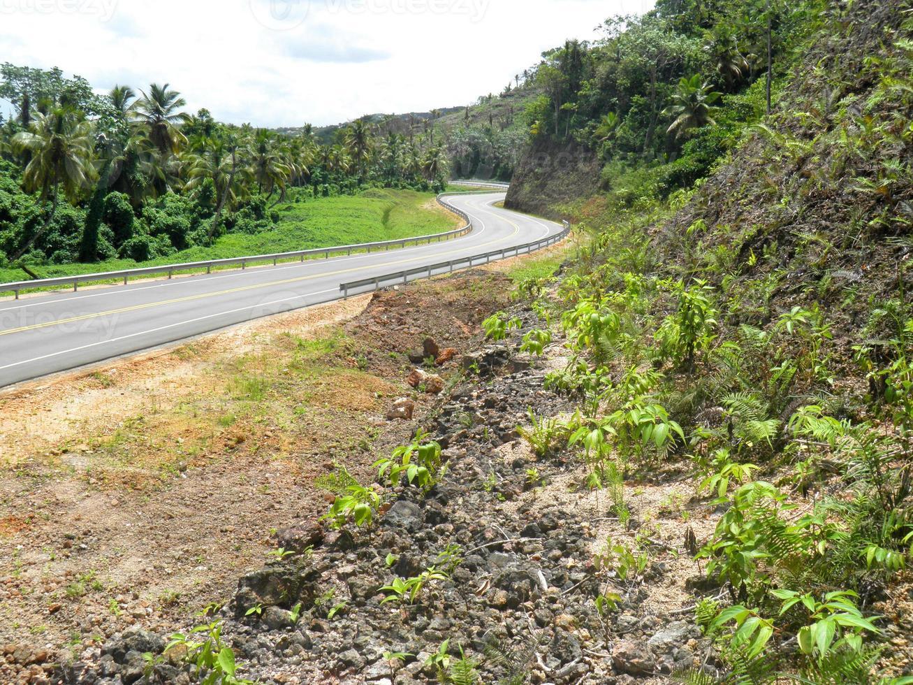 autopista nagua-las terrenas straat foto