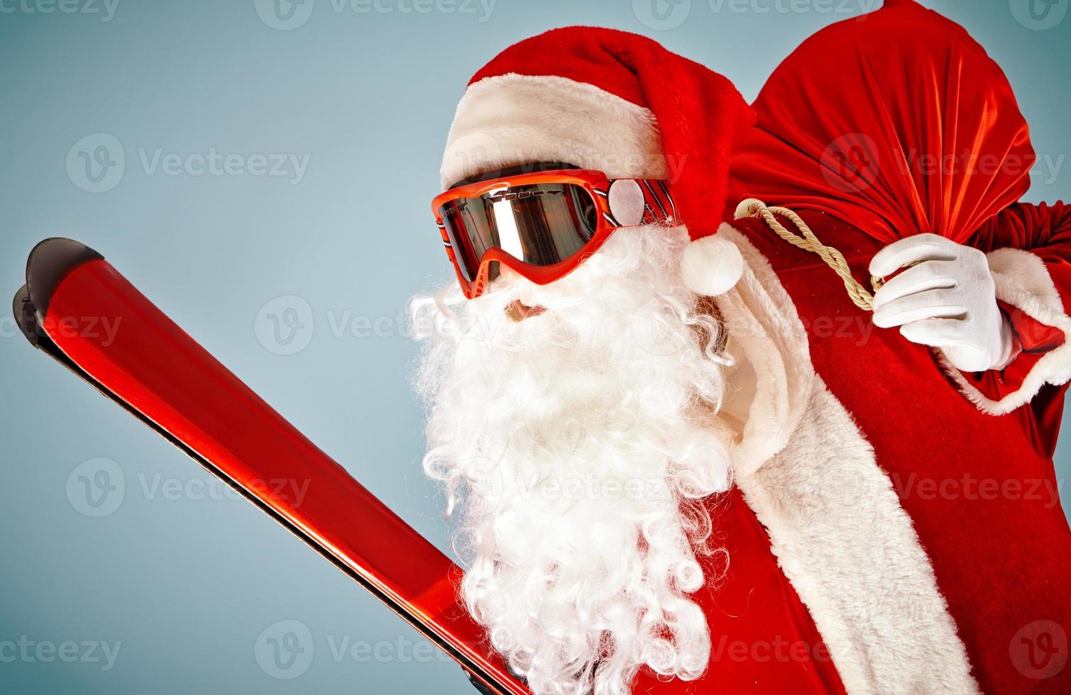 kerstman met ski foto