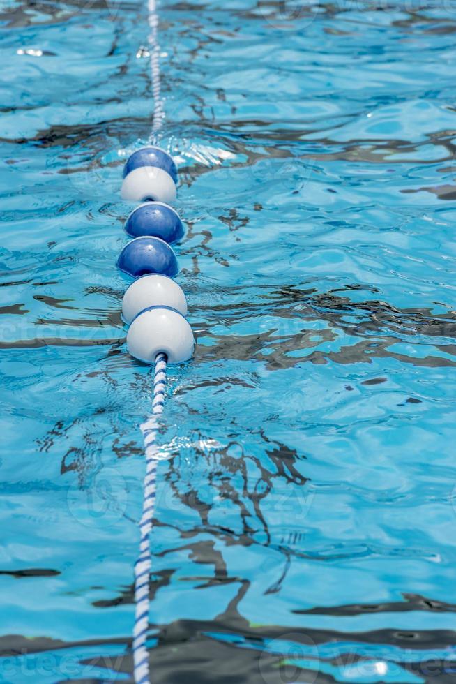 zwembad float lijn foto