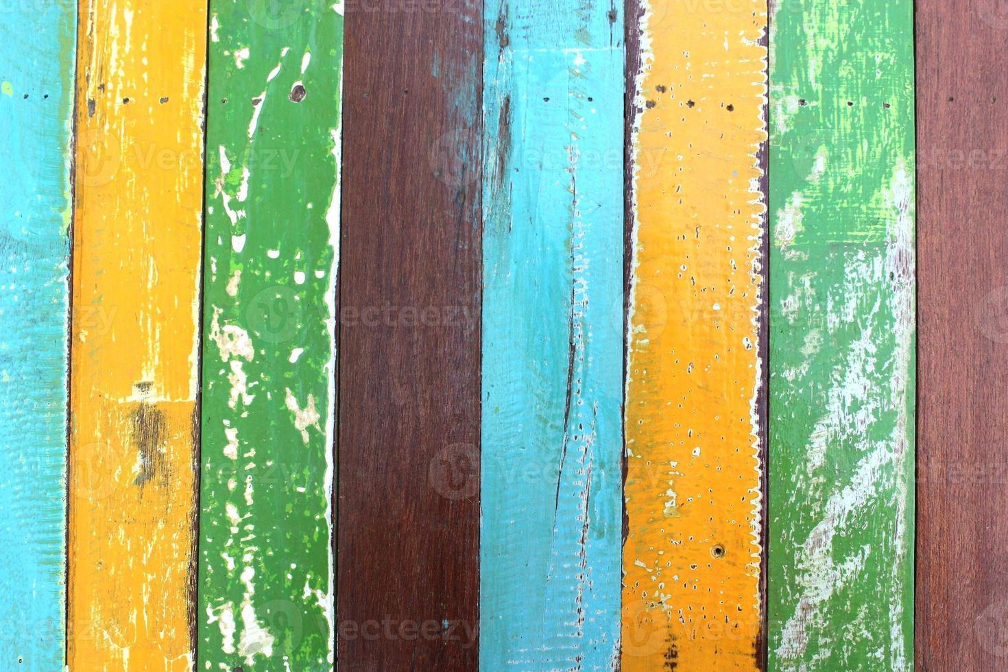 kleurrijke hout verf voor textture achtergrond. foto