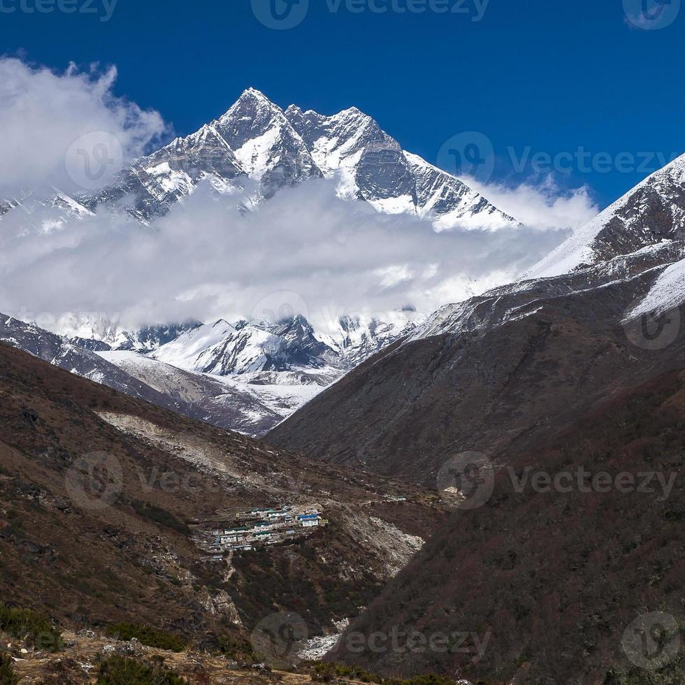 uitzicht op de lhotse foto