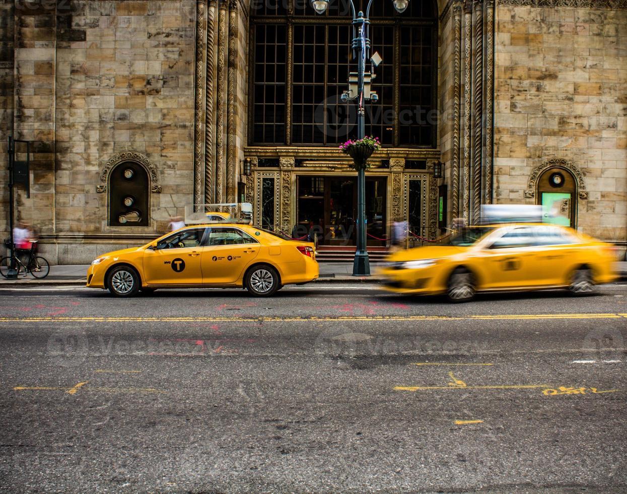 gele taxi foto