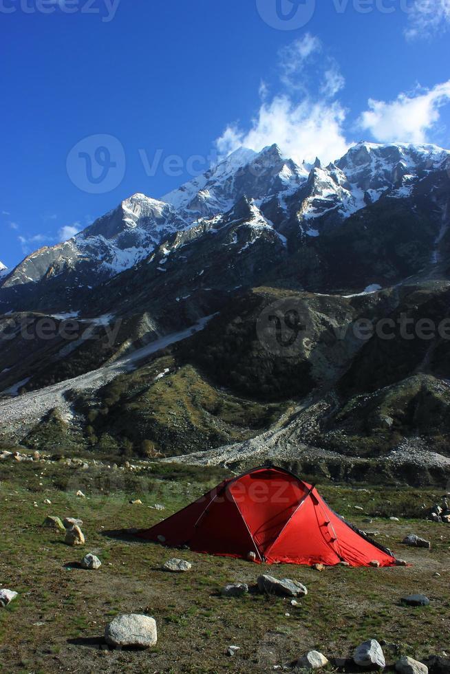 kamperen in tapovan, himalaya foto