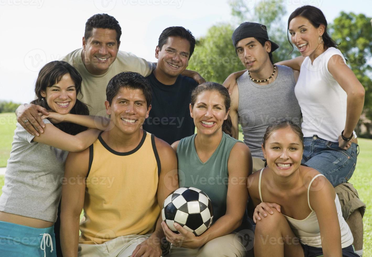 familie voetbalwedstrijd foto