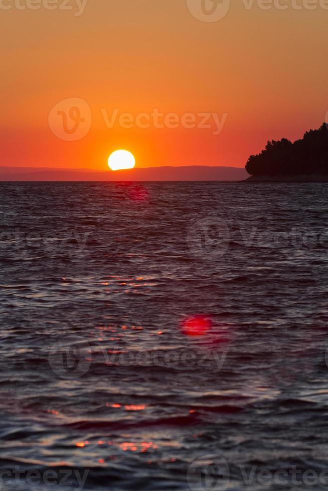vurige zonsondergang foto