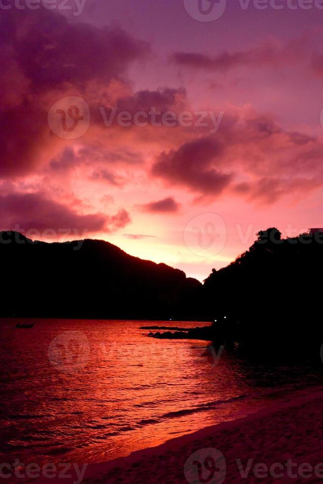 mooie zonsondergang foto