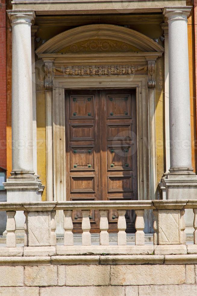 deur in Italië Lombardije kolom het terras foto