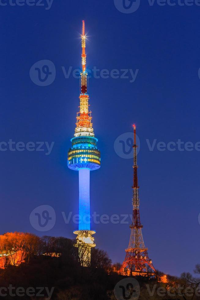 n seoul toren bij namsan park zuid-korea foto