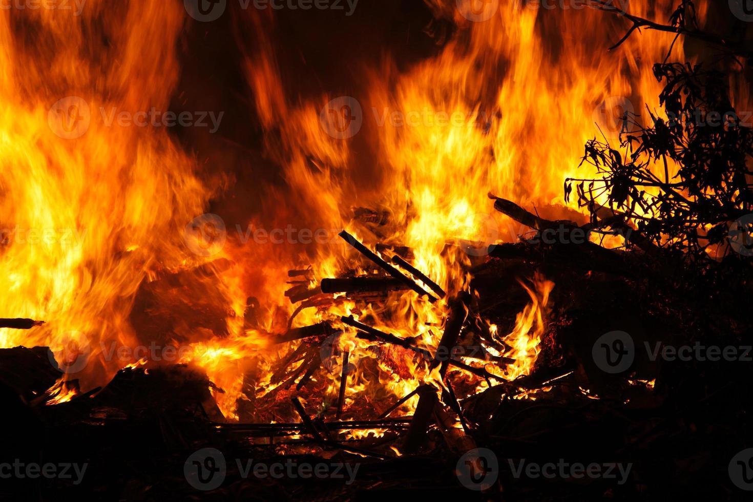 brandend vuur foto