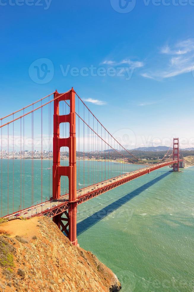 golden gate bridge in verticaal San Francisco ,. foto