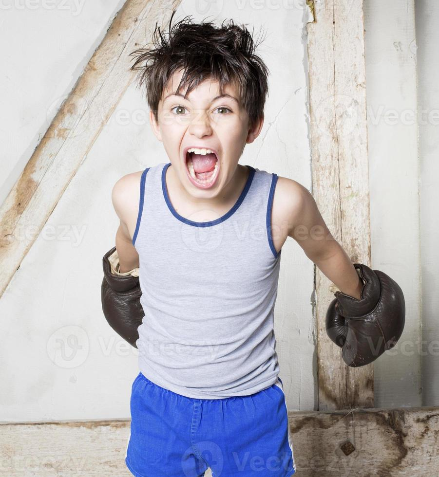 jongen als bokser foto