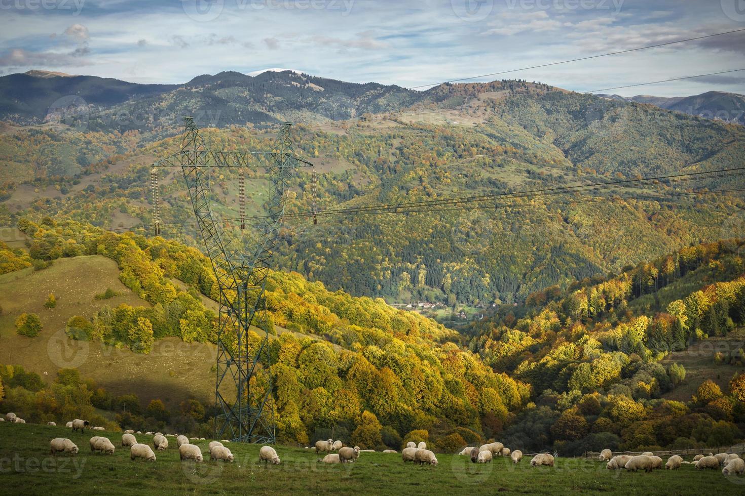 prachtig berglandschap in de herfst foto