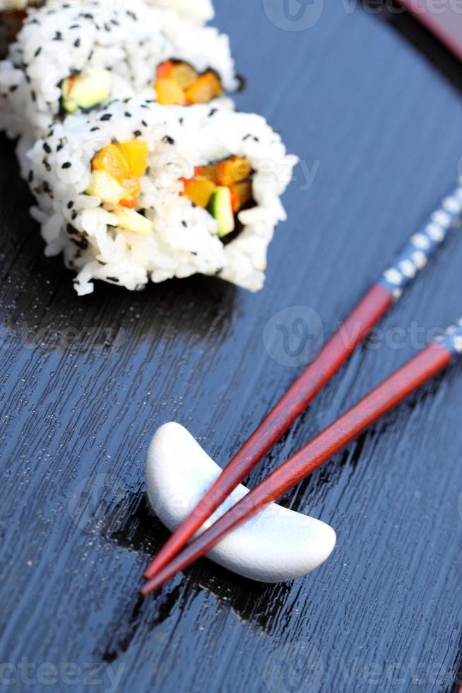 eetstokjes sushi foto