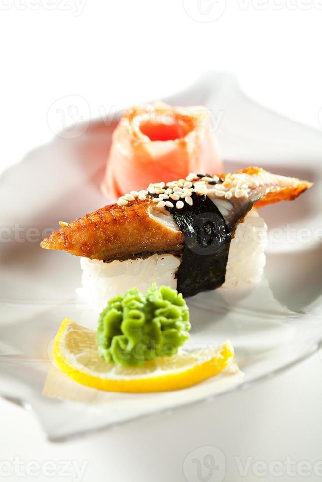gerookte paling sushi foto